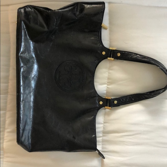 9d0eb8078be3 Authentic Tory Burch tote. M 5c3f7cf4fe5151aaa052eca6. Other Bags you may  like